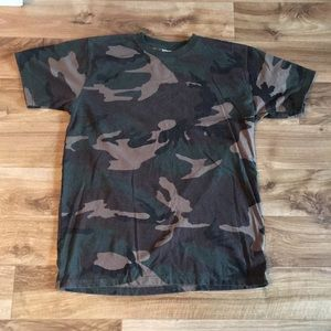 Other - VTG Camo T-shirt
